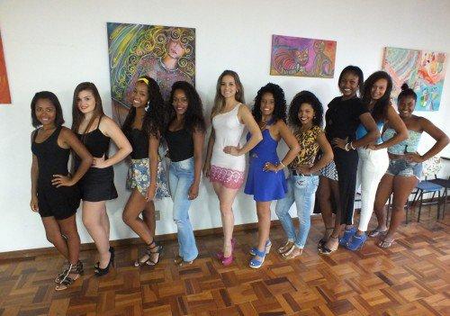 Primeiro dia: Deise, Darieli, Jenifer, Caroline, Simone, Carla, Ketlen, Monique, Letícia e Caroline