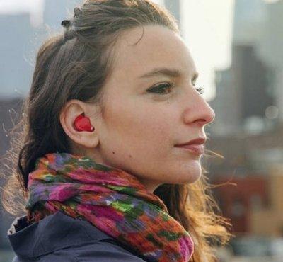 Fone de ouvido promete traduzir idiomas em tempo real