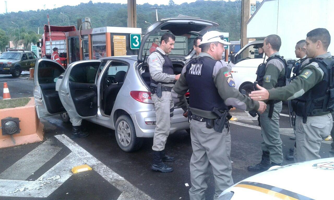 91a0d434aa9 Bando é preso no pedágio da RS-239