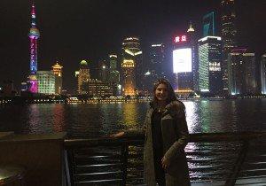 Carolina Reis deixou Nova Santa Rita para morar em Shangai há um ano e cinco meses