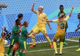 Suecas venceram por 1 a 0 na estreia do futebol feminino nas olimpíadas