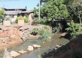 Moradores esperam há 3 anos por construção de ponte no bairro São José