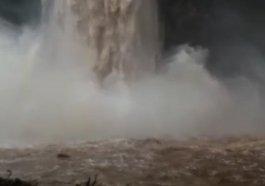 Chuvarada piora situação de ruas e aumenta níveis dos rios na região