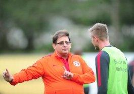 Guto Ferreira estreia no comando técnico do Inter neste sábado