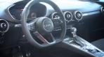 Audi TT Coupé chega ao Brasil com um novo visual. Veja no programa Motores