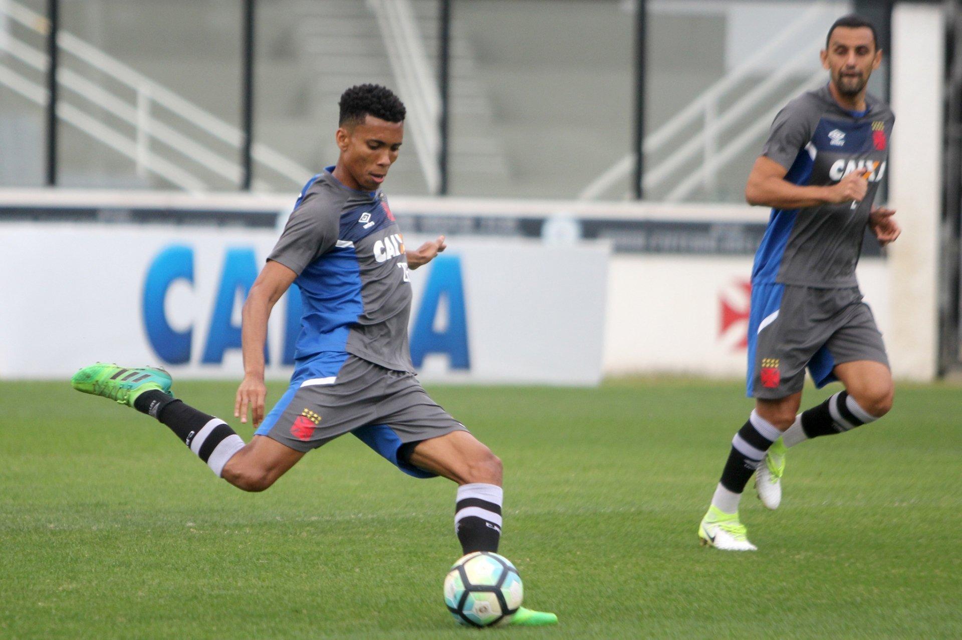 Grêmio anuncia contratação de Madson, ex-Vasco, até final de 2021