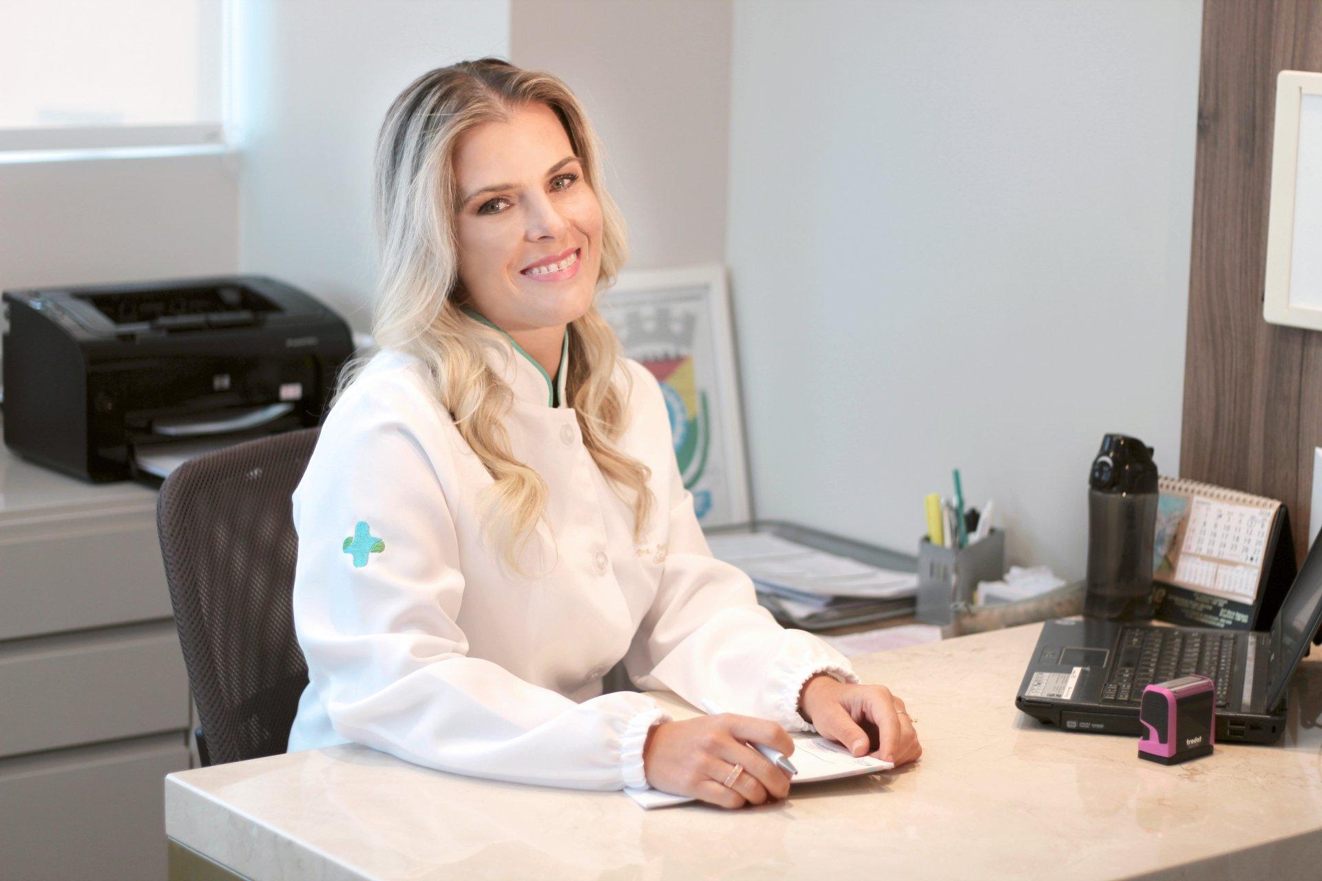 Dentista Explica Tecnicas De Clareamento Dental Viver Com Saude