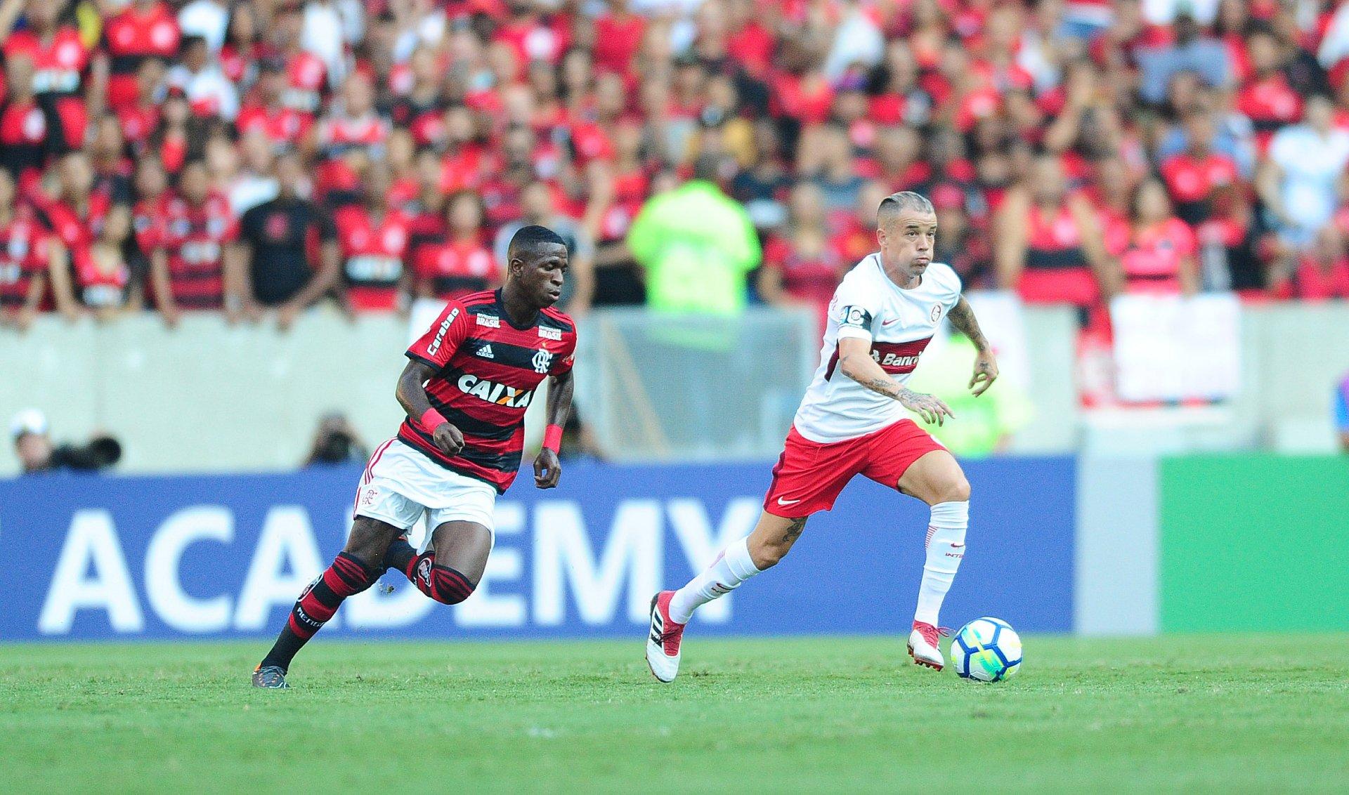 Em momentos distintos, Grêmio e Internacional abrem a 5ª rodada do Brasileirão