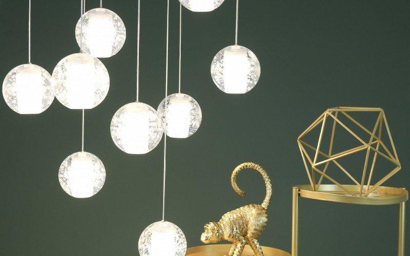 Luminárias em esfera